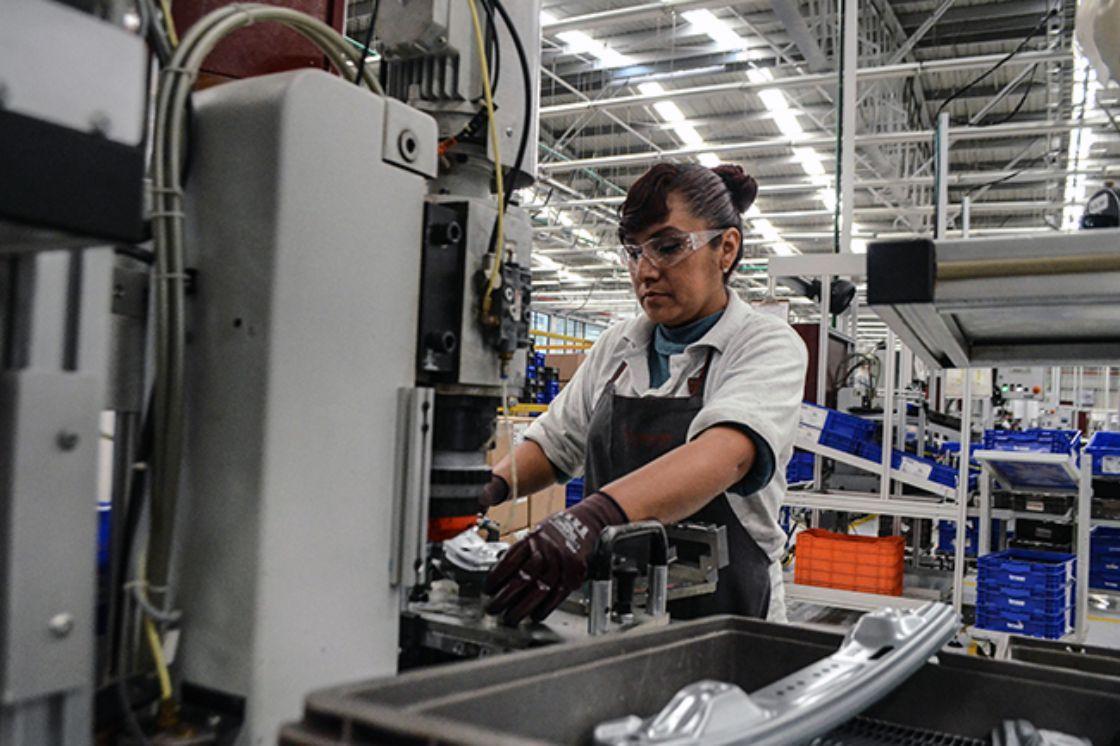 Photo of Estrés provoca que trabajadores mexicanos sean menos productivos