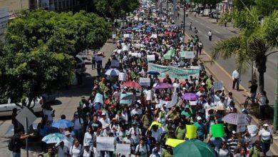 Unos 10 mil jóvenes marchan en Celaya