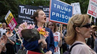 Mayoría de estadounidenses apoyan destitución de Trump
