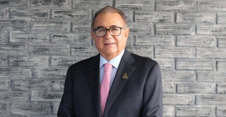 El nuevo líder zapatero reconoce tiempos difíciles en la industria