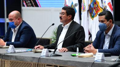 Photo of Diego Sinhue y otros nueve gobernadores salen de la Conago