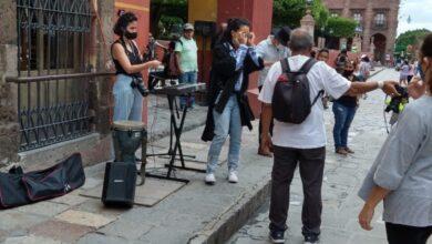 Photo of Suspenden espectáculo callejero de Flor Amargo en San Miguel de Allende