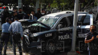 Photo of Choca patrulla con un auto en Lomas del Campestre; policías se reportan graves