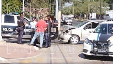 Photo of Choca patrulla de Policía; acusan que se pasó el rojo
