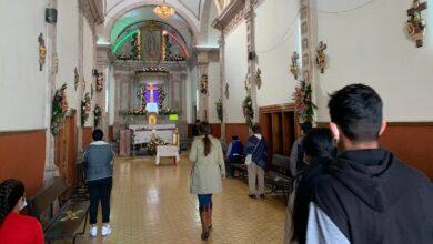 Photo of Restricciones no 'apagan' la fe de católicos en Silao