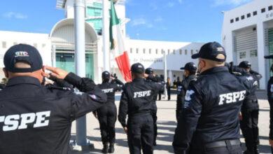 Photo of Se gradúan 24 policías estatales y se integran a la Fiscalía