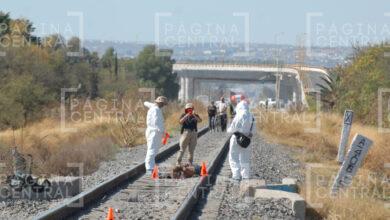 Photo of Tren arrastra a un hombre por 60 metros en León